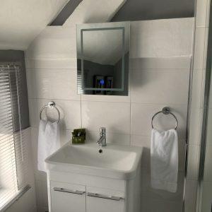 Topazbathroom2